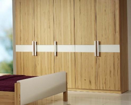 Massivholzschränke Holzschmiede