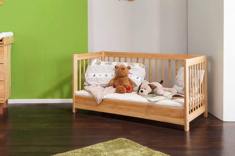 kinderbetten aus massivholz sch n und langlebig. Black Bedroom Furniture Sets. Home Design Ideas
