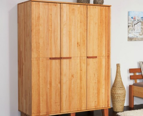 massivholzschr nke in bester handwerksqualit t von der. Black Bedroom Furniture Sets. Home Design Ideas