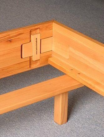 metallfreie betten aus massivholz f r ihren ungest rten schlaf. Black Bedroom Furniture Sets. Home Design Ideas