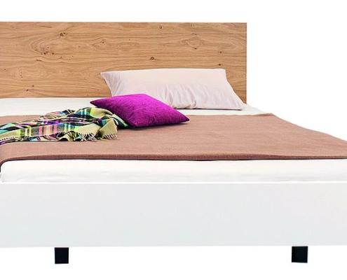 Bett in Komforthöhe - Puro